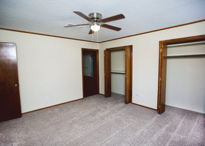Quail-Creek-pet-friendly-bedroom