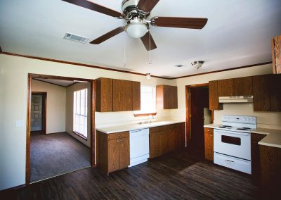 Quail-Creek-pet-friendly-duplex-kitchen